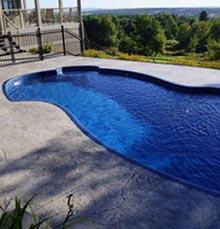 Piscines creus es espace piscine for Piscine fibre de verre